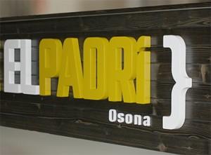 02H Rètol lletres corpòries PVC i fusta