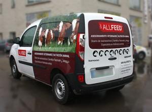 03 Retolació vehicles vinil digital i tall veterinari