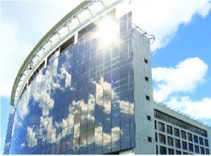 06B Làmina de protecció solar vidres