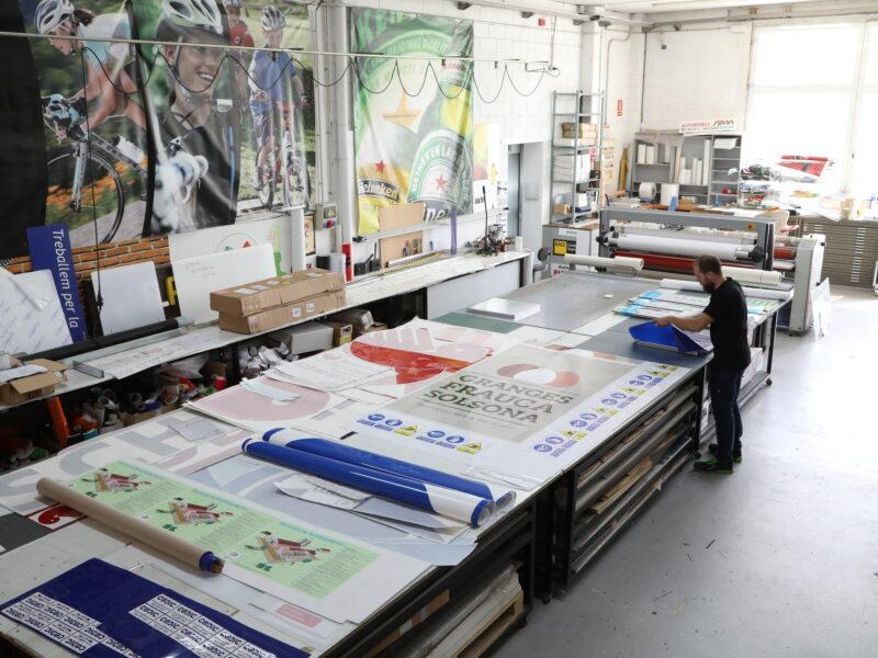sala impresion Graficser comprar vinilos decorativos GRAFICSER